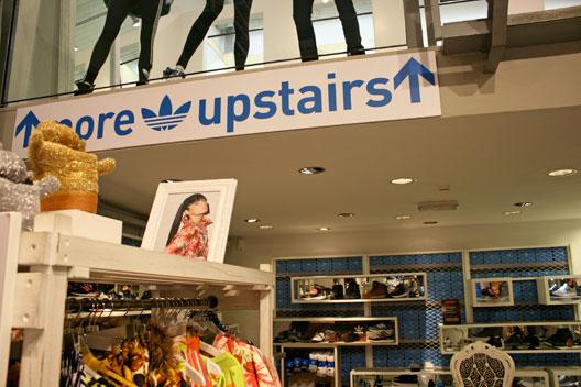 e139f4197a2 adidas winkel amsterdam